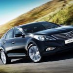 2012 Hyundai Azera Front Three Quarter 623x389