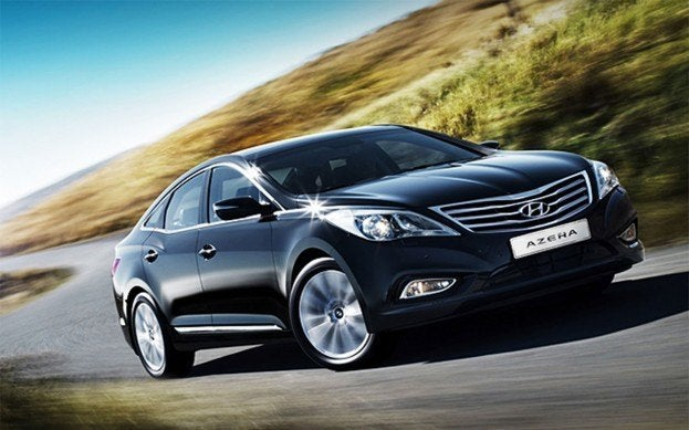 2012 Hyundai Azera Review  16