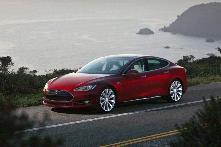 Tesla Model S signature red