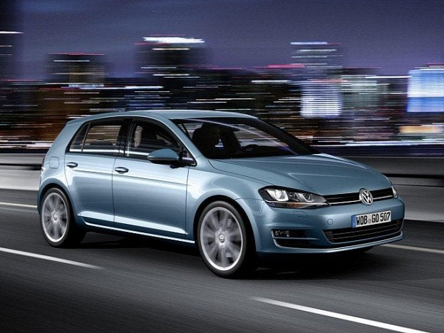 volkswagen golf vii fully revealed in new leaked photos image gallery medium 1