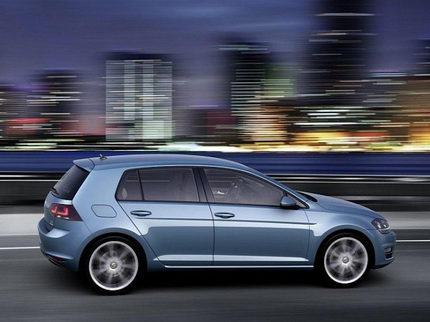 volkswagen golf vii fully revealed in new leaked photos image gallery medium 6