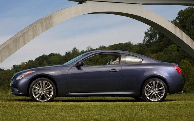 2013 Infiniti G37 Coupe side