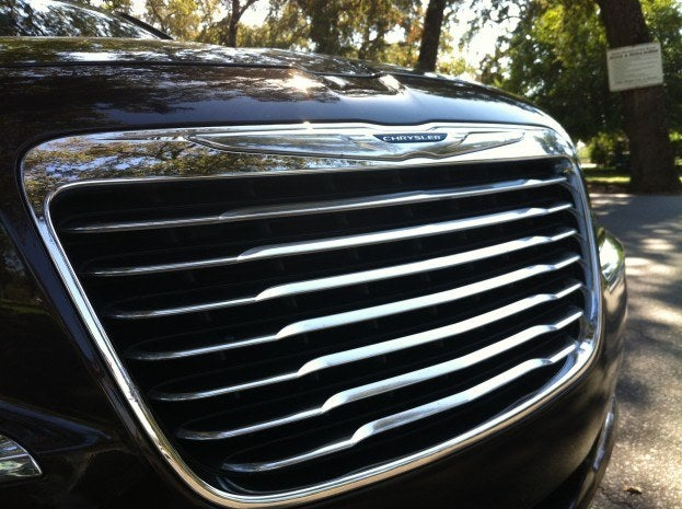 2012 Chrysler 300C grille