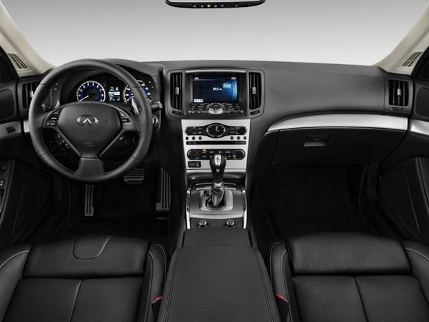 2013 Infiniti G37 Coupe interior
