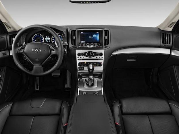 2013 Infiniti G37 Coupe interior