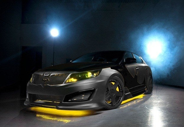 KIA MOTORS AMERICA WE CAN BE HEROES BATMAN OPTIMA