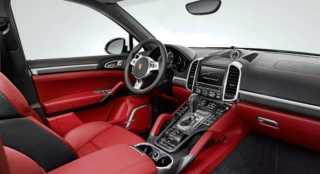 Porsche Cayenne Turbo S interior