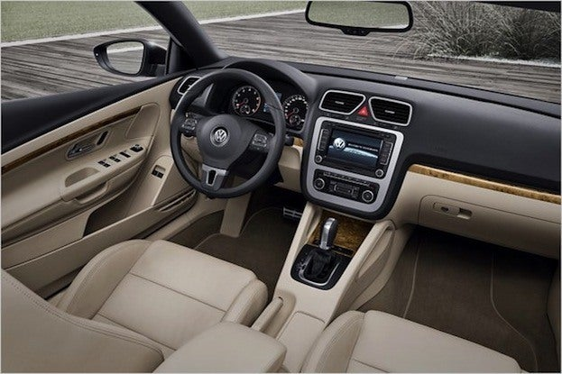 2012 VW Eos interior