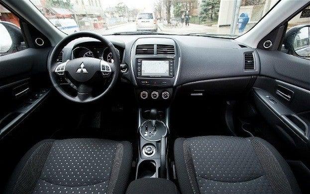 2013 Mitsubishi Outlander Sport interior
