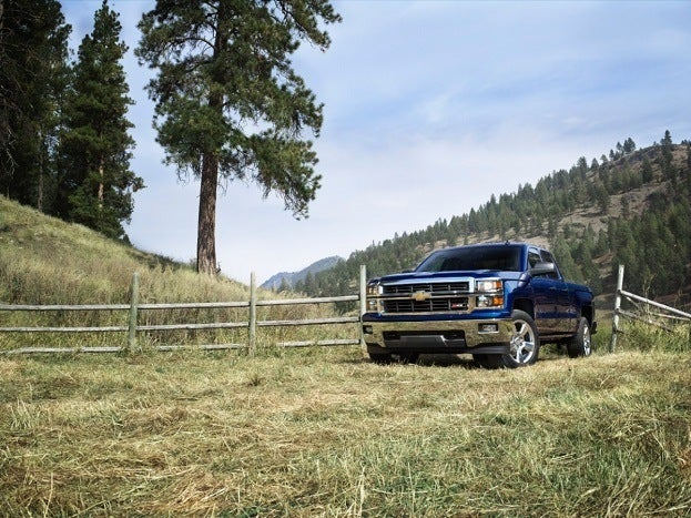 2014-Chevrolet-Silverado-LT-017-medium