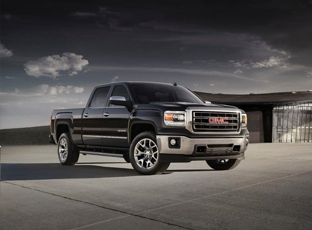 2014-GMC-Sierra-front-threequarter-location-011-medium