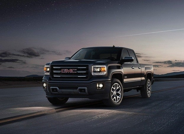 2014 GMC Sierra front threequarter location 014 medium