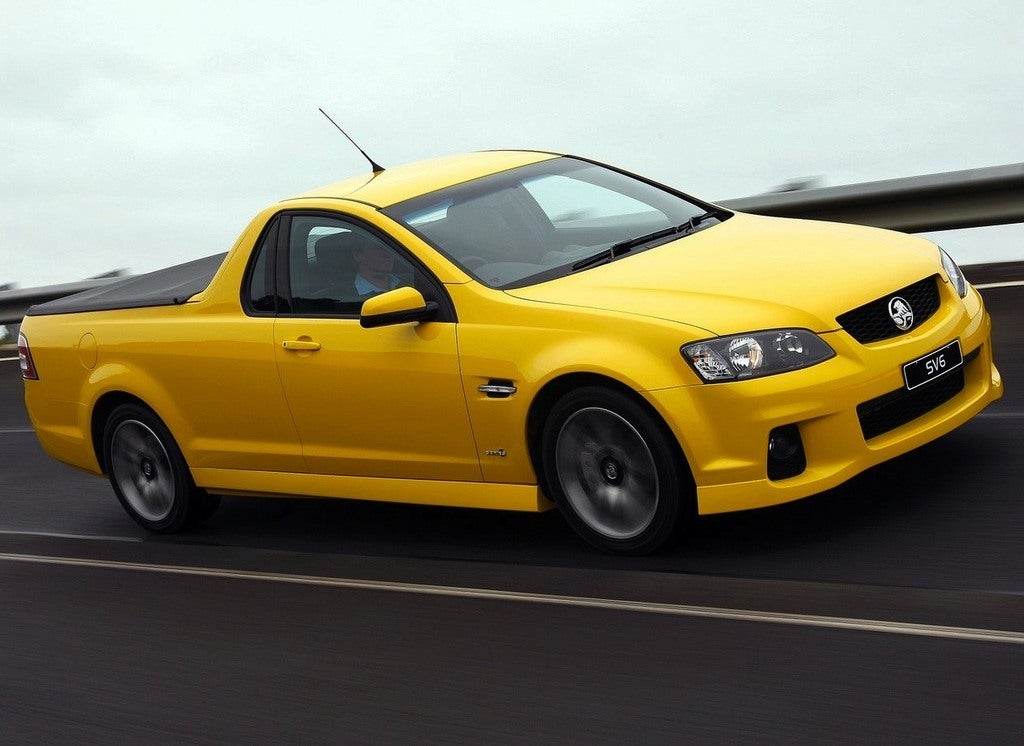 Holden-VE_II_Ute_SV6_2011_1280x960_wallpaper_02