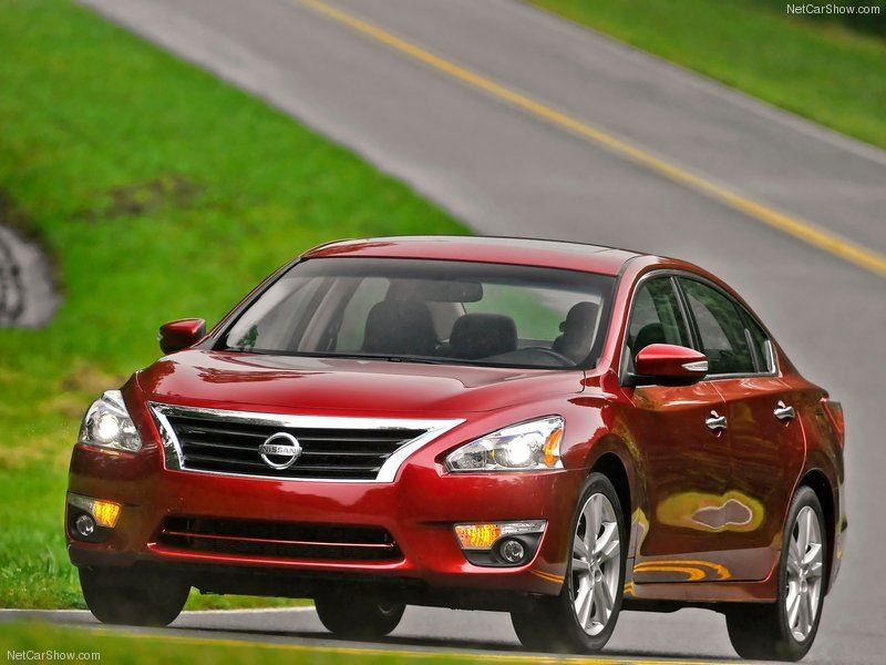 Nissan-Altima_Sedan_2013_800x600_wallpaper_0c