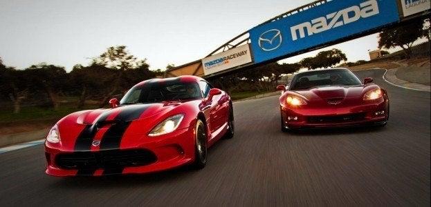 2013 SRT Viper GTS vs 2013 Chevrolet Corvette