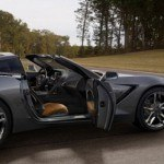 2014-Chevrolet-Corvette-008-medium