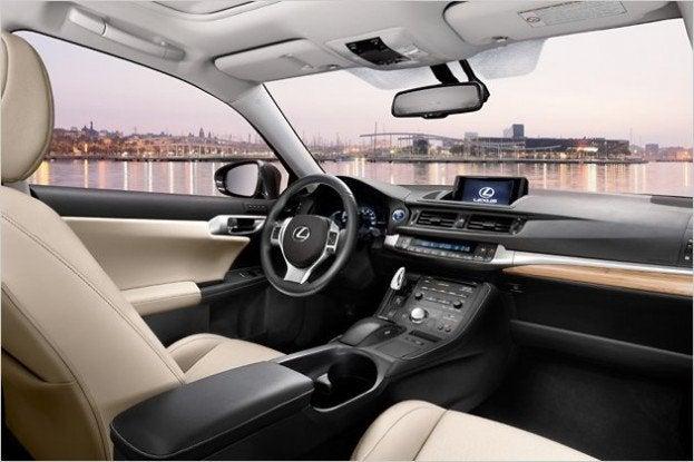 2012 Lexus Ct200h F Sport Review