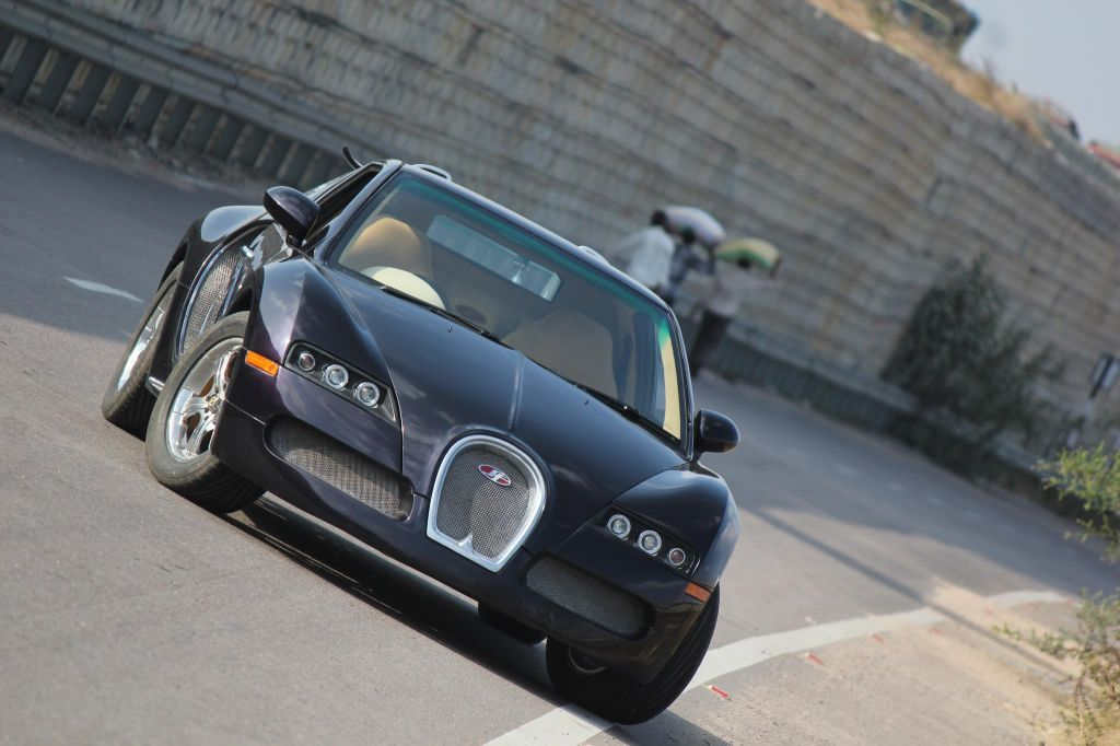 Suzuki Veyron Replica 4