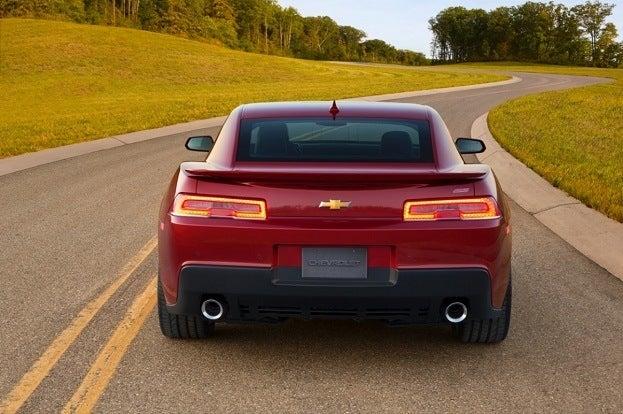 2014-Chevrolet-CamaroSS-013-medium