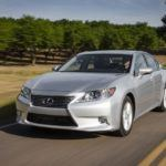 2013 Lexus ES 300h Hybrid Review
