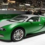Green Bugatti Veyron 2