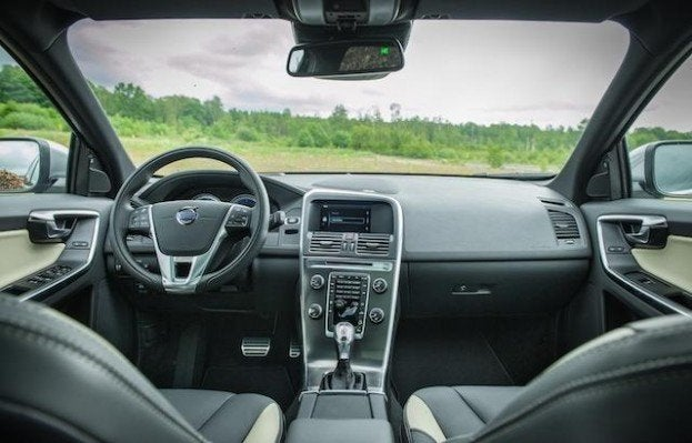 2013 Volvo XC60 T6 interior