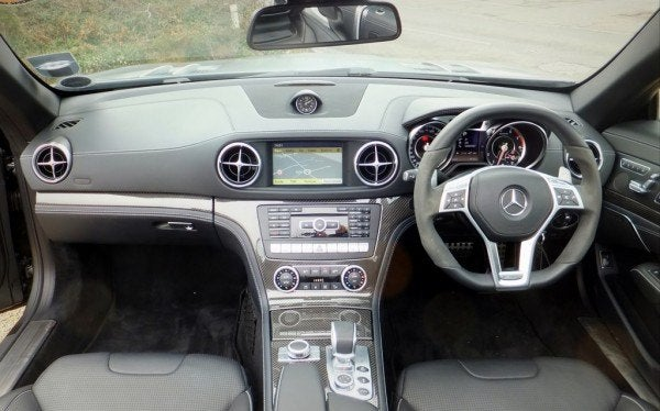 Mercedes SL 63 AMG Roadster interior