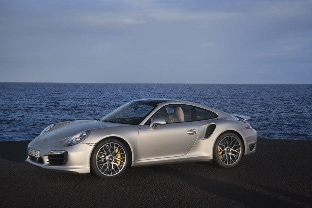 124303 Porsche 911 Turbo S  8