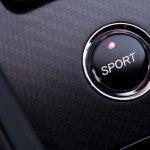 Aston Martin V12 Vantage S Sport mode