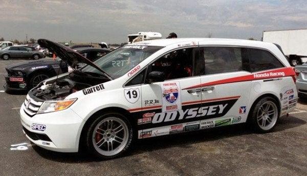 Honda Odyssey Race Van
