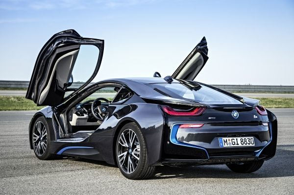 BMW i8 RQ open