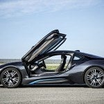 BMW i8 side open (2)