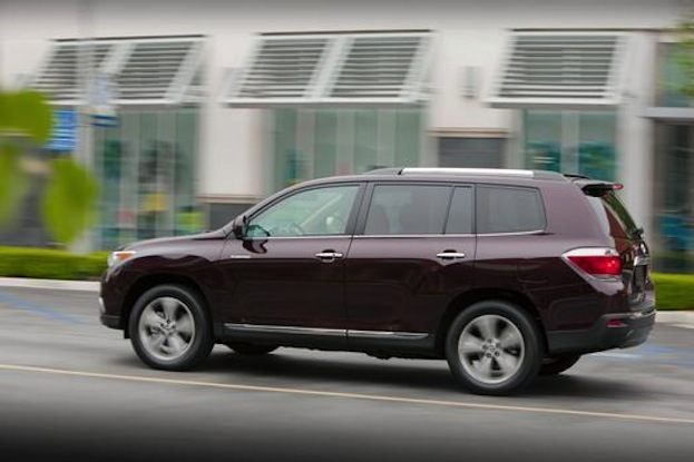 2013 Toyota Highlander side