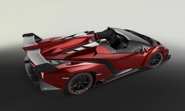 Lamborghini Veneno Roadster top rear