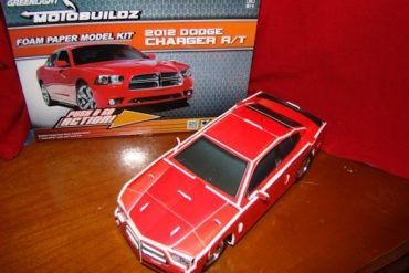 Motobuildz 2012 Dodge Charger RT