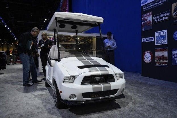 mustang golf cart _DSC4772