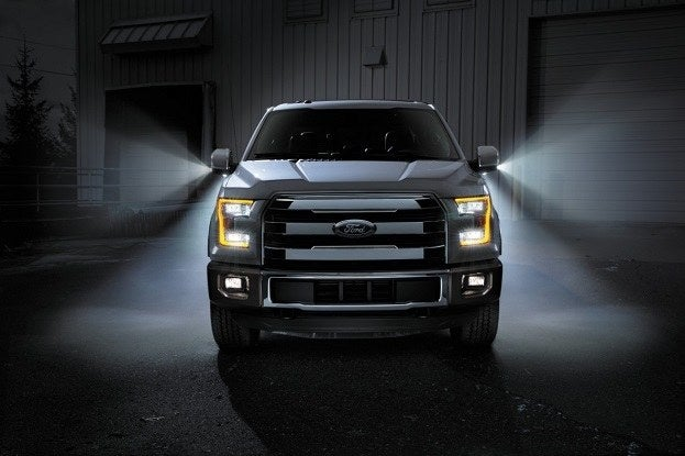 2015 Ford F-150 front