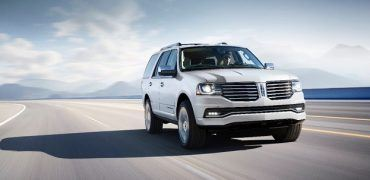 15LincolnNavigator 01 HR 370x180 - EcoBoosted Luxury: The 2015 Lincoln Navigator