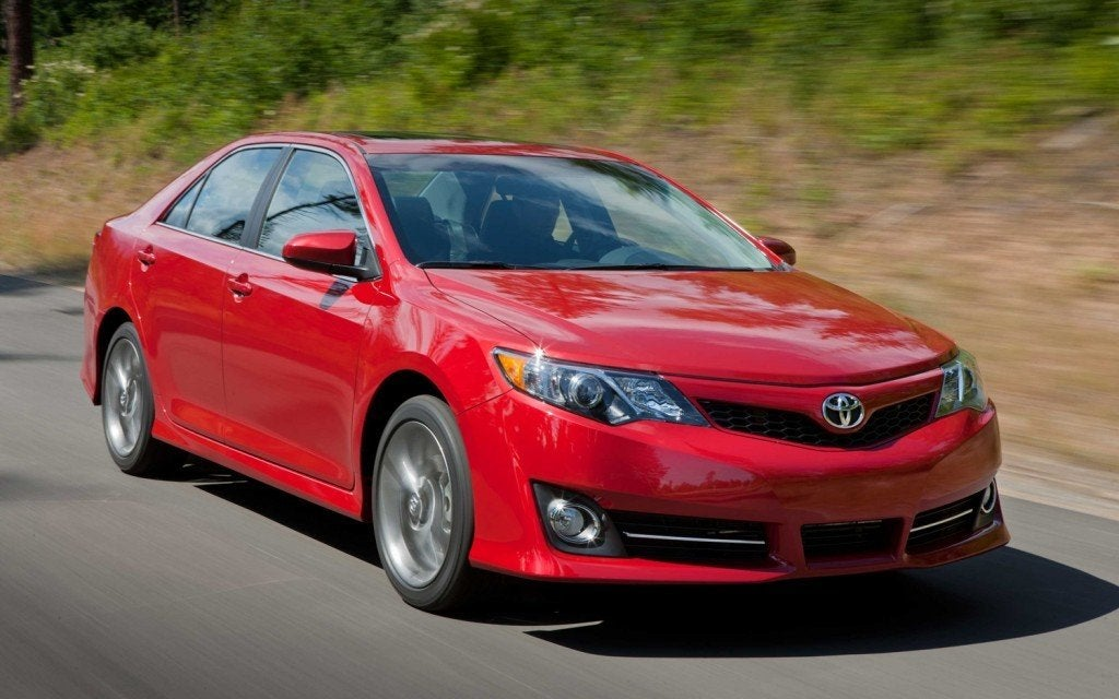 2013 Toyota Camry XLE front