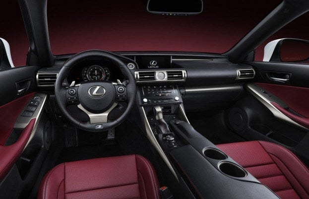 Lexus IS350 cabin
