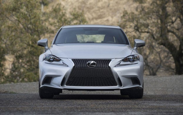 Lexus IS350 front