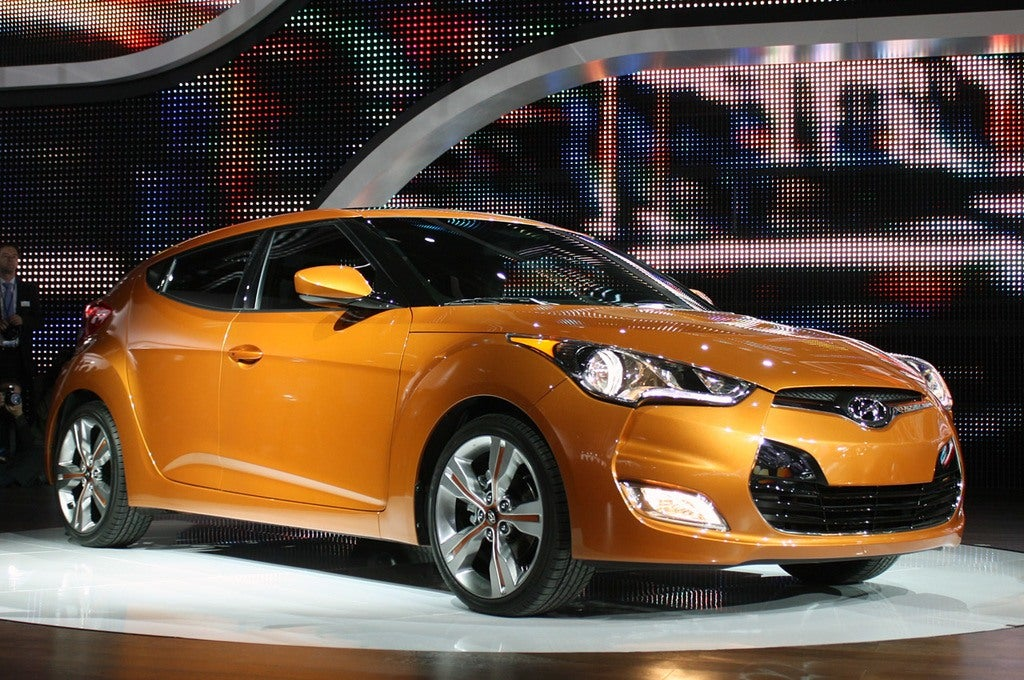 Hyundai Veloster orange