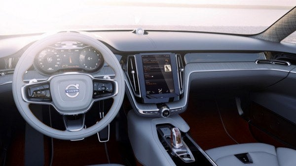 Volvo Concept Estate infotainment