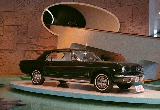 1964_Worlds_Fair_Ford_Exhibit_1965_Mustang
