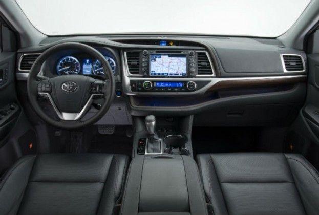 2014 Toyota Highlander cabin