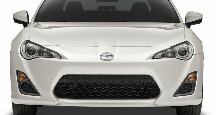 2015 Scion FR-S front