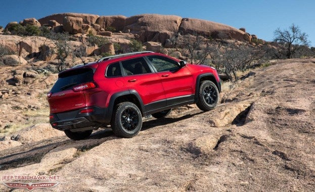 2014 Jeep Cherokee Trailhawk rear