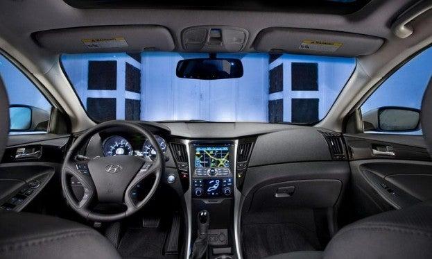 Hyundai Sonata SE 2.0T cabin