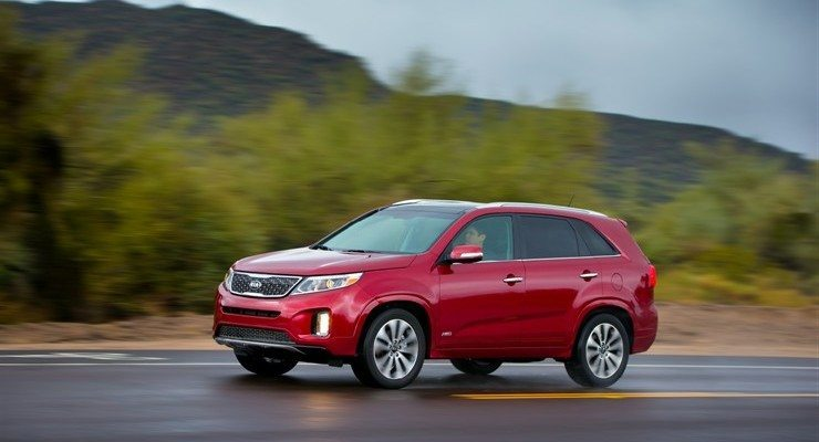 2015 Kia Sorento on the road