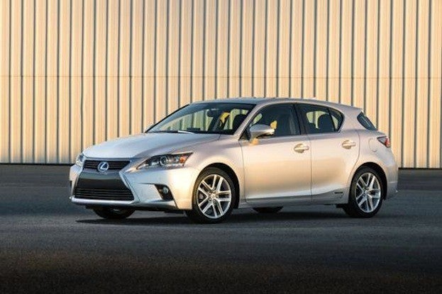 2014 Lexus CT200 side